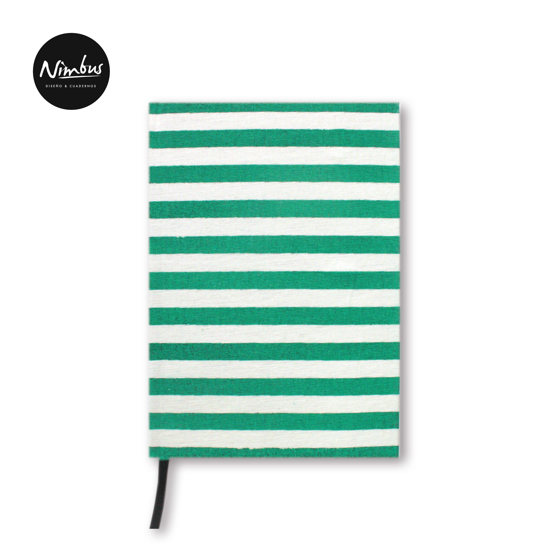 Motivo Rayas Verdes / 80 páginas A5 / Hojas Boockcel - 80 gramos / Lisas o Rayadas / Cocidas a mano.