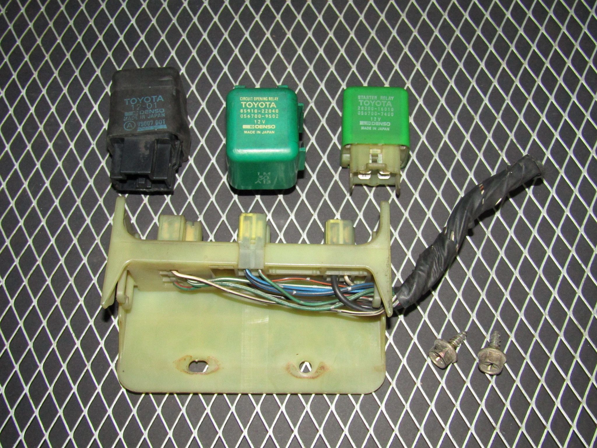 92 96 toyota camry sedan oem fuse relay box products realay fuse box 1998 toyota camry