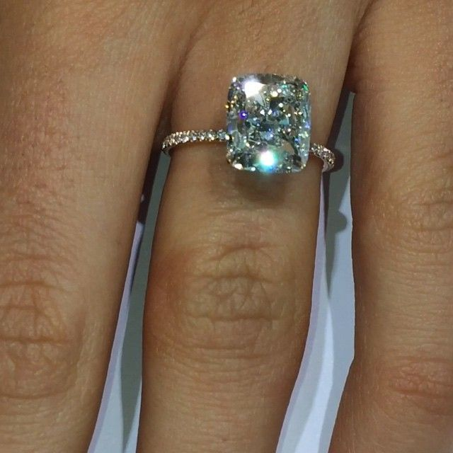 Emerald Cushion Cut Diamond With Rose Gold Setting Rings Cushi