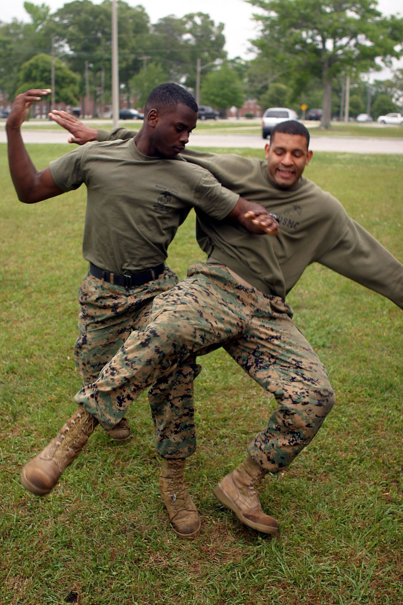 Marine Corps Martial Arts Program - MCMAP - 'One mind, any weapon ...