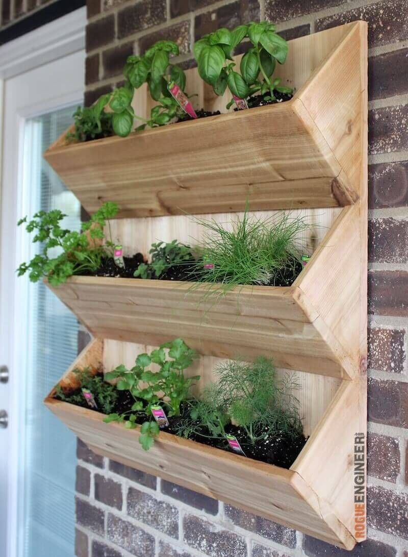 Cedar Wall Planter Free Diy Plans
