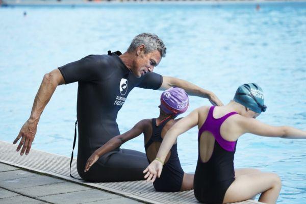 schwimmkurs kinder schwimmen beibringen schwimmen lernen