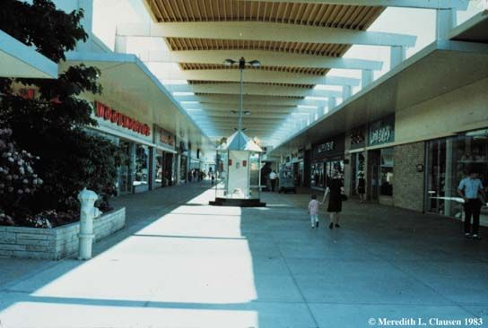 Northgate Mall BEFORE it was enclosed  | Seattle, Washington