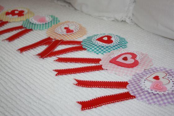 make valentine badges using cupcake liners  unique