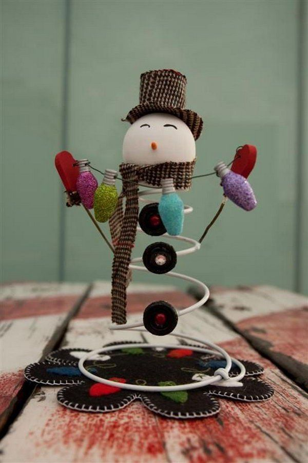 Adorable snowman made from an old bed spring a styrofoam - Mattress made of balls ...