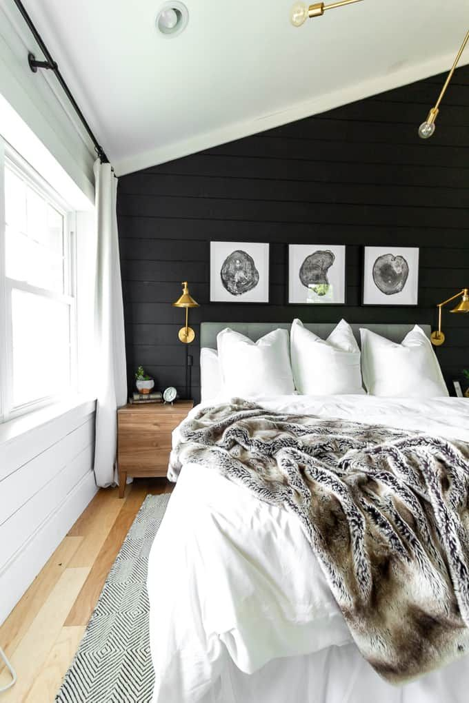 Best Black And White Modern Master Bedroom Green Master 400 x 300