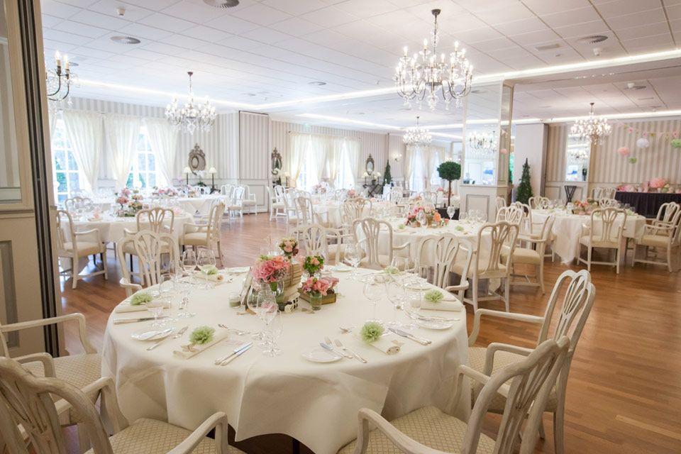 Pompom Manufaktur schloss münchhausen hochzeit angela krebs photography wedding