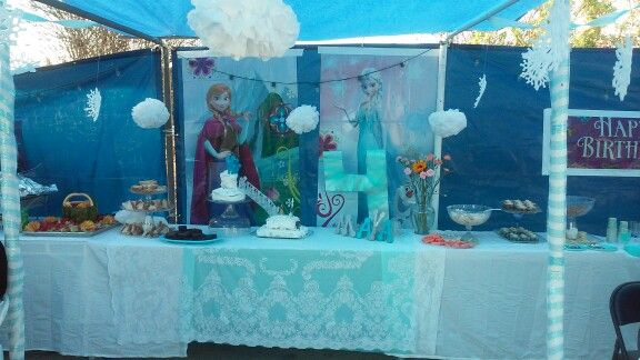 Simple tent decoration for a Frozen birthday party.