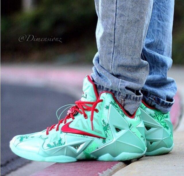 meet 41053 51778 Christmas 11s | Jordans, Nikes & Other Bitchin' Kicks ...