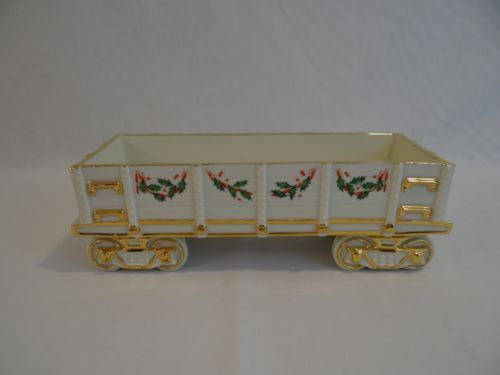 #Lenox china holiday #junction wagon train christmas holly & #berries ,  View more on the LINK: 	http://www.zeppy.io/product/gb/2/302197232991/