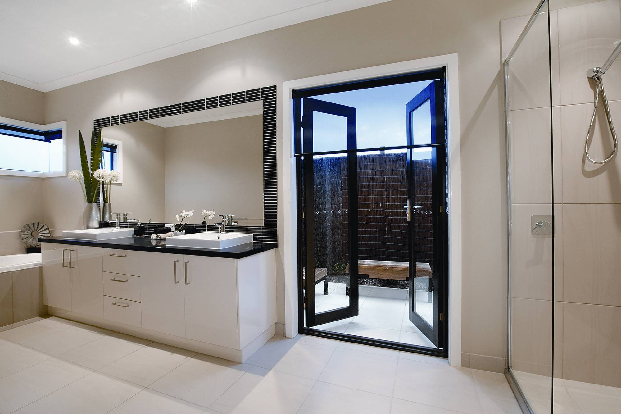 Charmant Modern French Doors | Boutique Aluminium French Doors