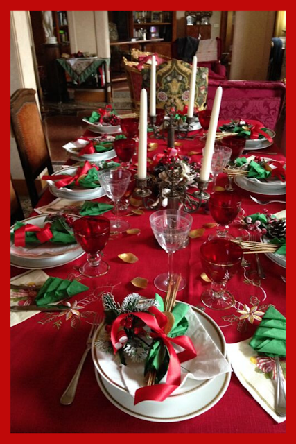 Copy These Awesome Christmas Table Ideas Christmas Table Decorations Indoor Christmas Decorations Table Decorations
