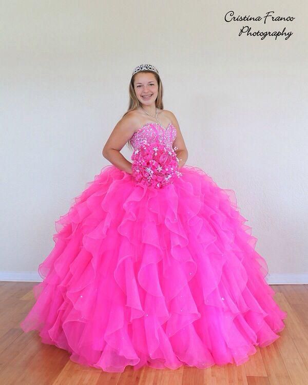 Rosa neón | Vestidos de XV años | Pinterest | Neón, Años y Vestiditos
