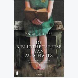 boekrecensie: Antonio Iturbe (vert. Joke Mayer) - De bibliothecaresse van Auschwitz - Lezen in de hel