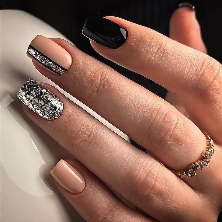 INTERESTINGLY cute nail art idea with glitter | Ideas de unas ...
