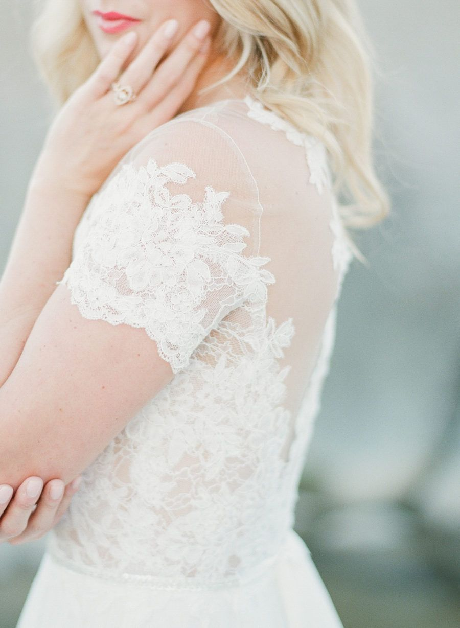 Romantic ethereal pedernales falls inspiration session in