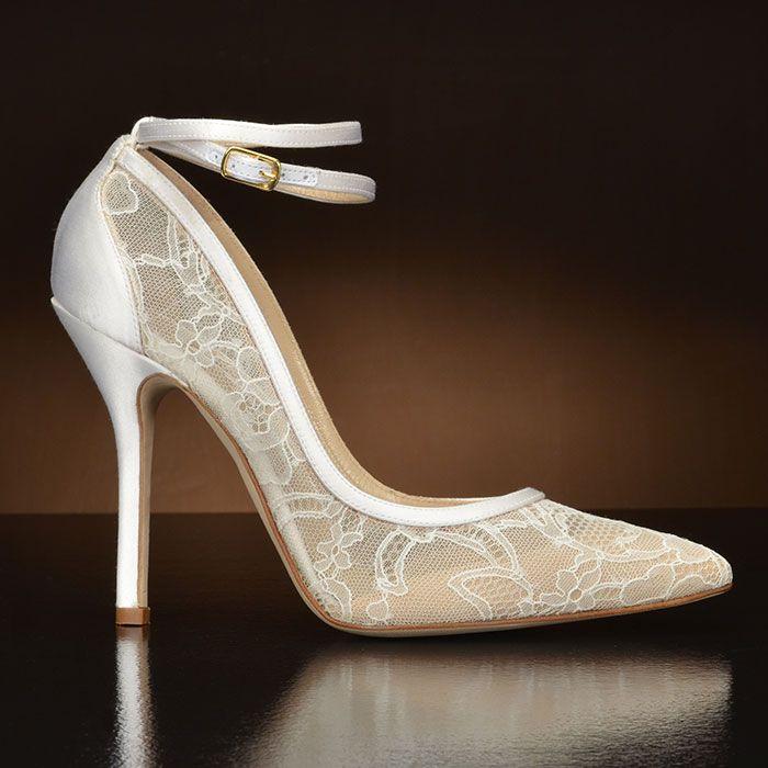Mimi Lace 1600 By Oscar De La Renta This Pointy Toe Wedding Shoe