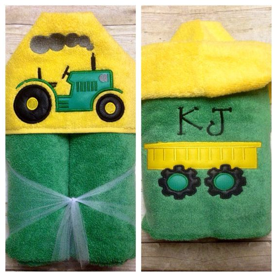 """Towel /""""TRACTOR/"""" with name"""
