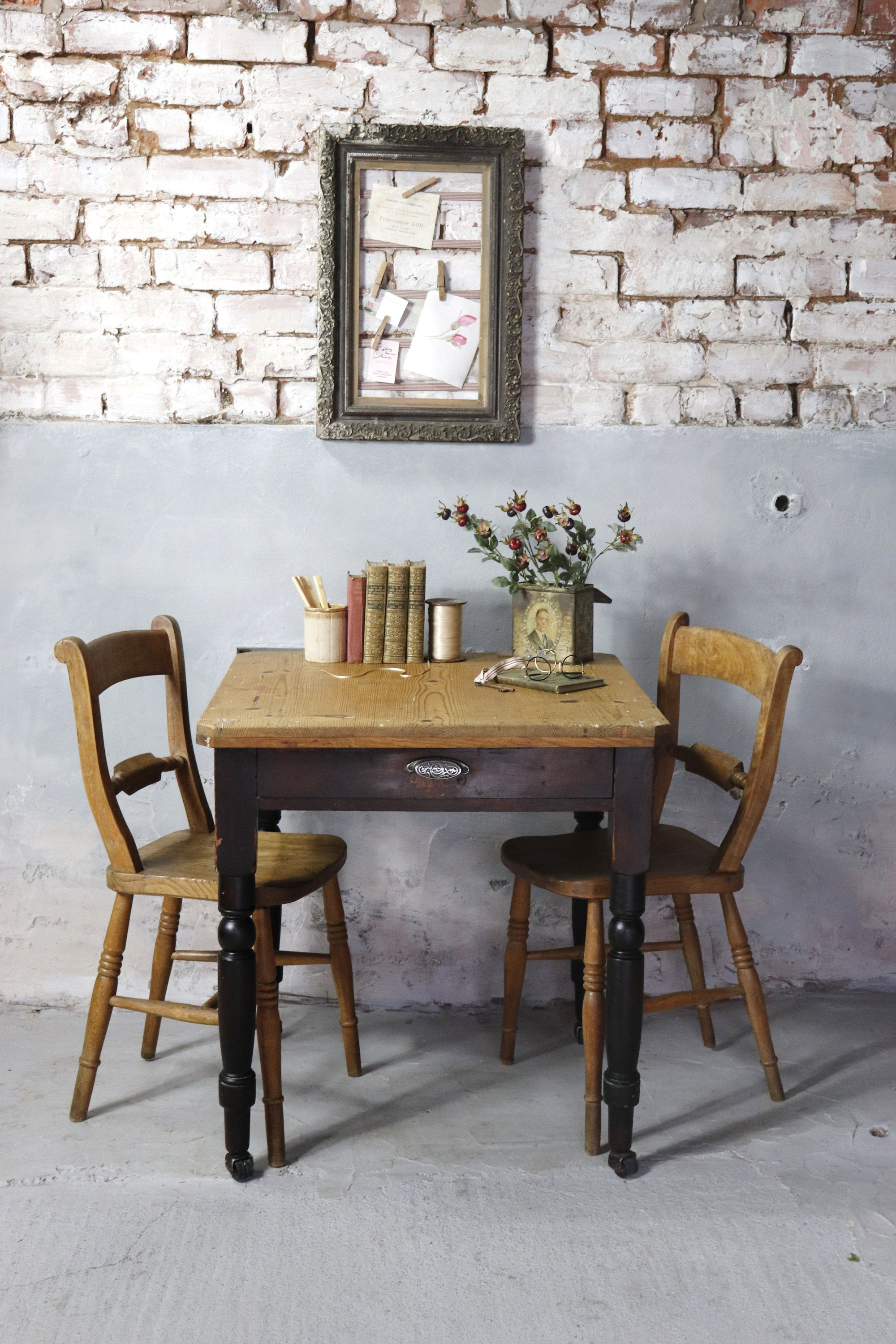27++ Old pine dining table and chairs Various Types