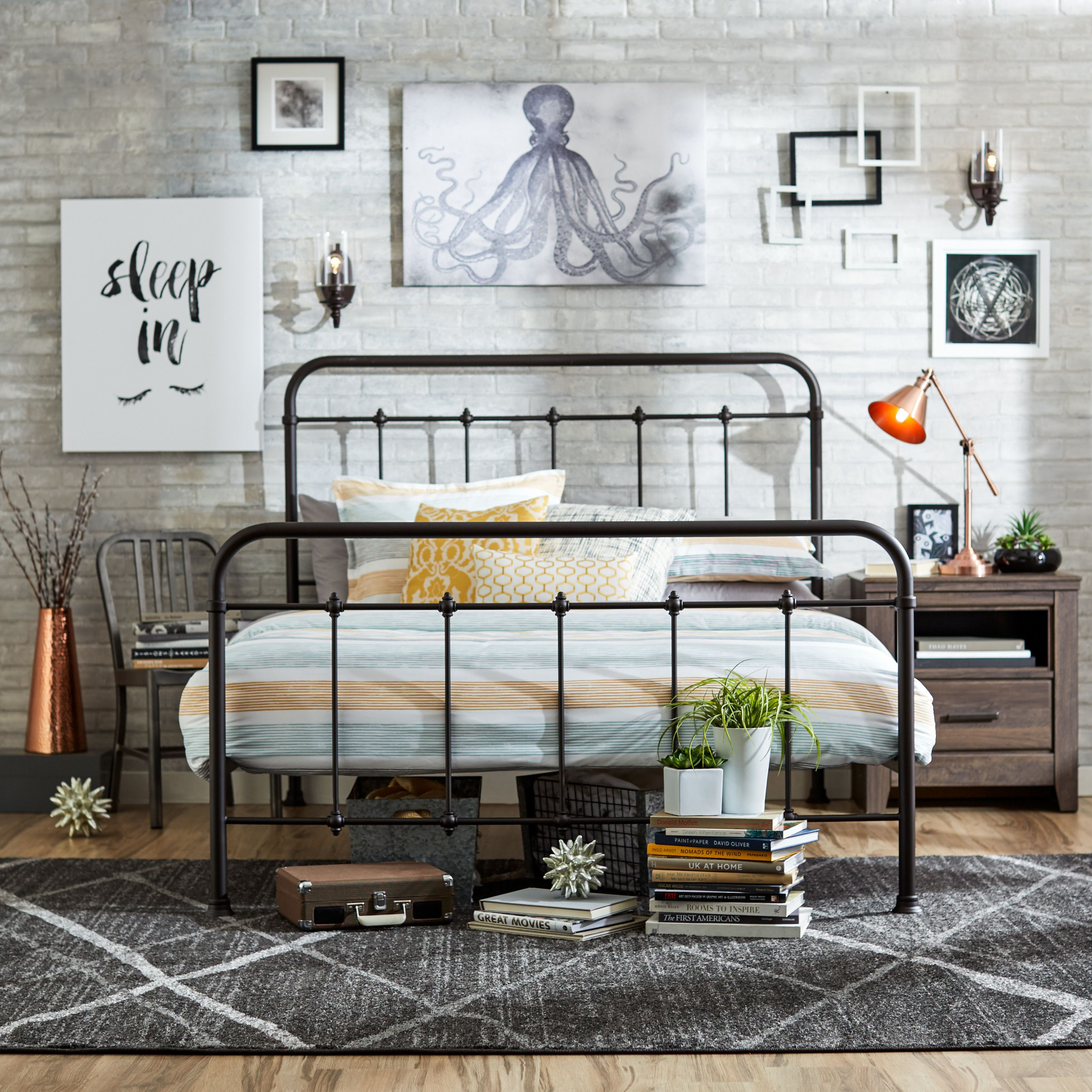 Alioth Standard Bed Bed frame, Queen size bedding