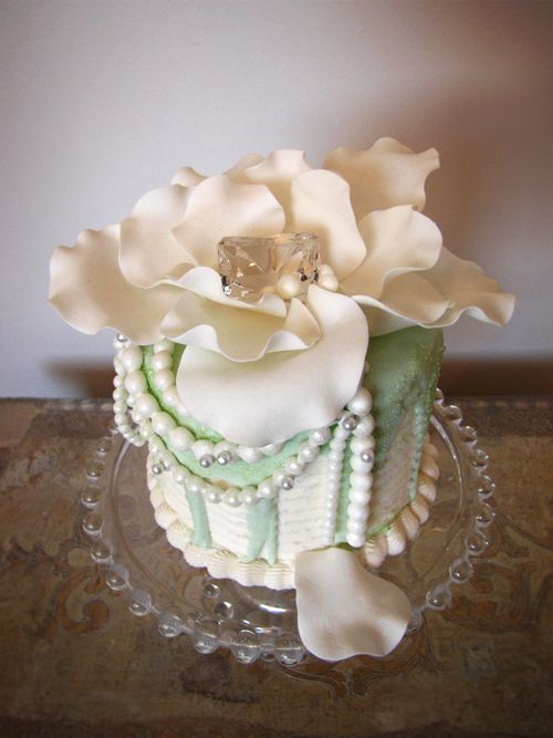 Jewels of the Sea Cake by Connie Cupcake