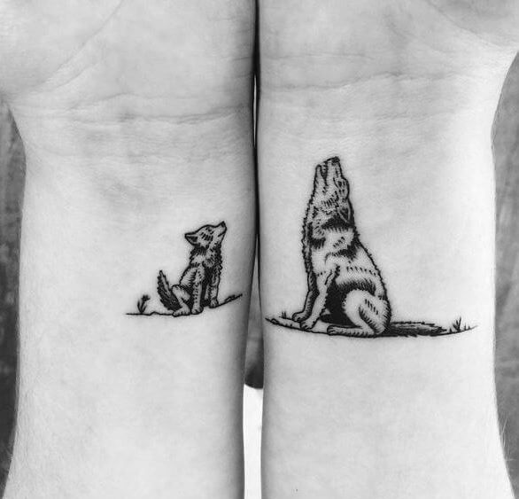 This Is Cute Mama And Baby Wolf Tattoo Wolf Tattoos For Women Wolf Tattoos Tattoos