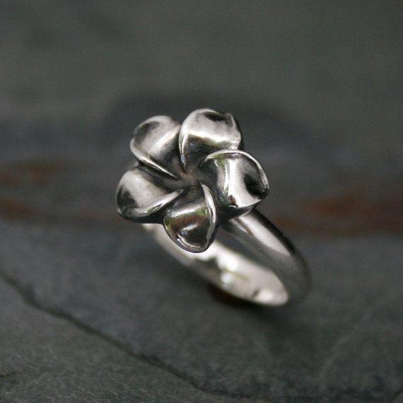 Plumeria Flower Ring Sterling Silver Hawaii Frangipani Etsy Sterling Silver Rings Silver Jewelry Inspiration