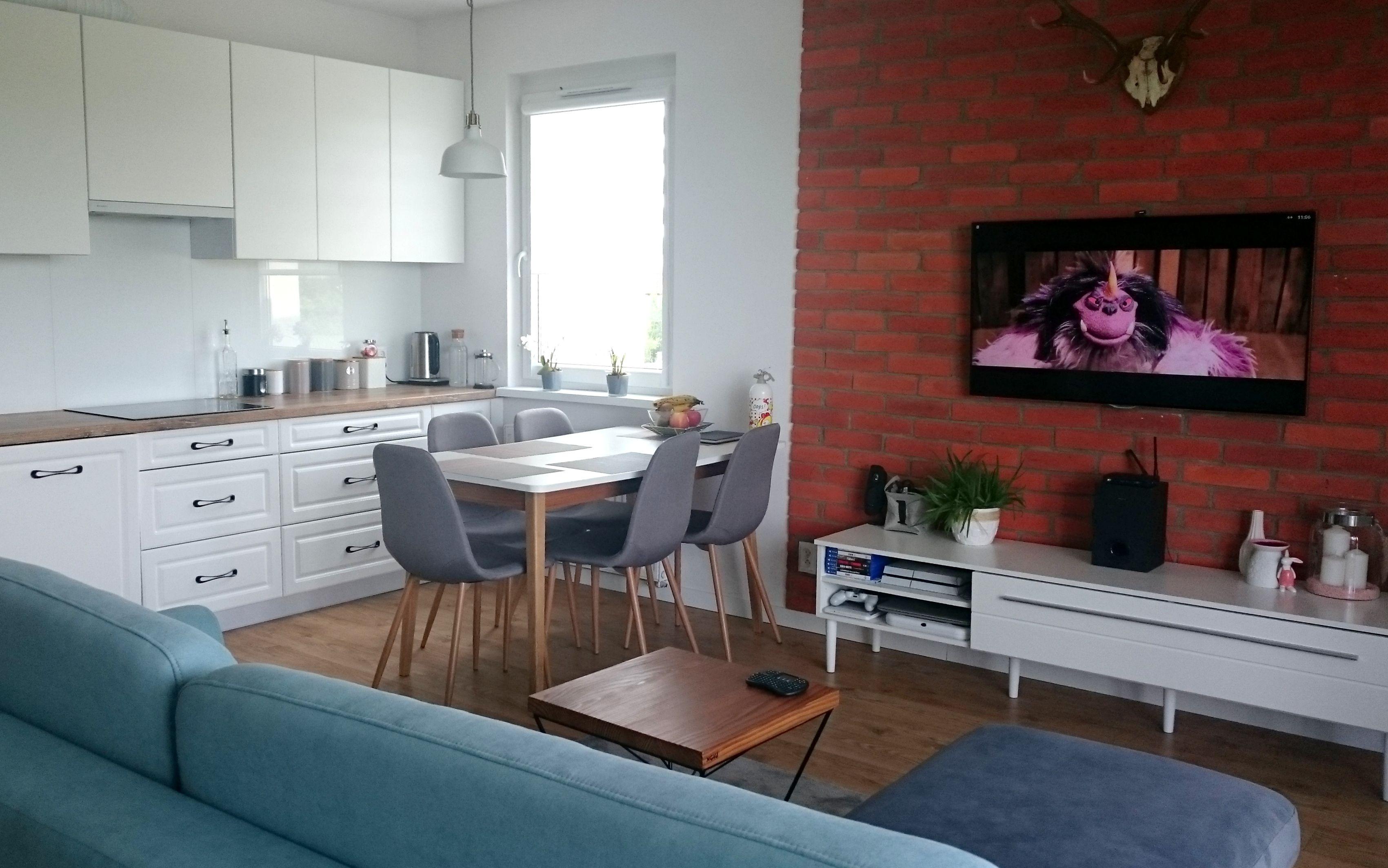 Aranzacja Mieszkania Jadalnia Z Kuchnia I Salonem Stol W Stylu Skandynawskim Interior Home Decor Home