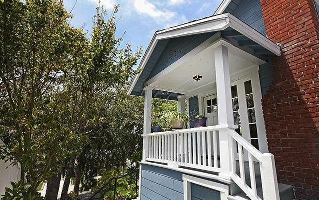 Front Porch 1922 California Bungalow In Highland Park 379k