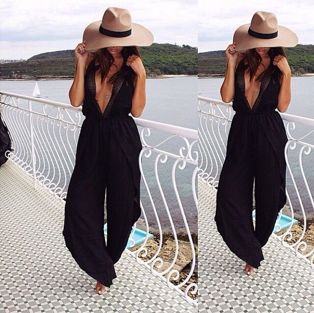 Celebrity summer holiday outfits