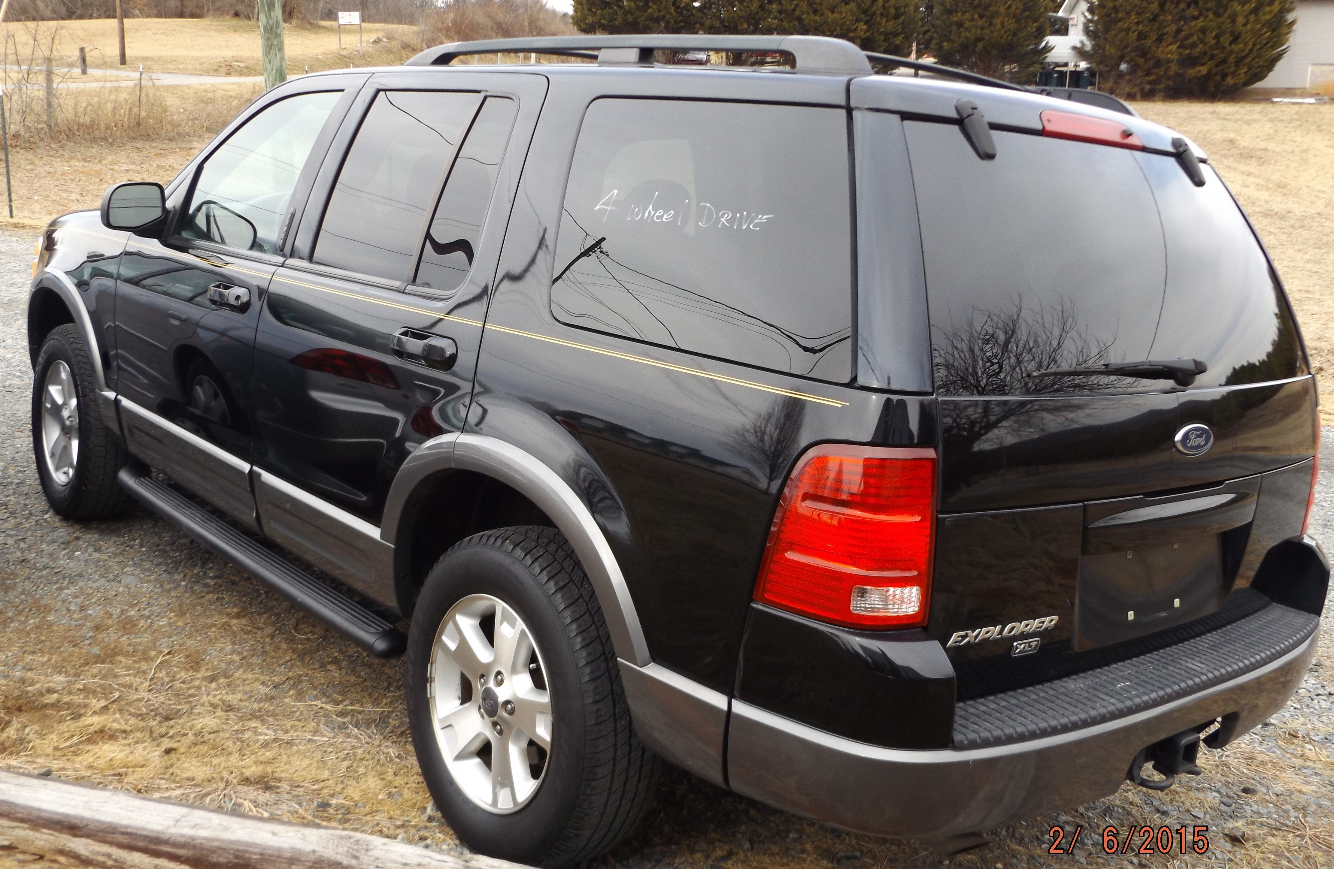 2003 Ford Explorer Xlt 4 X 4 3 500 00 With Images Ford