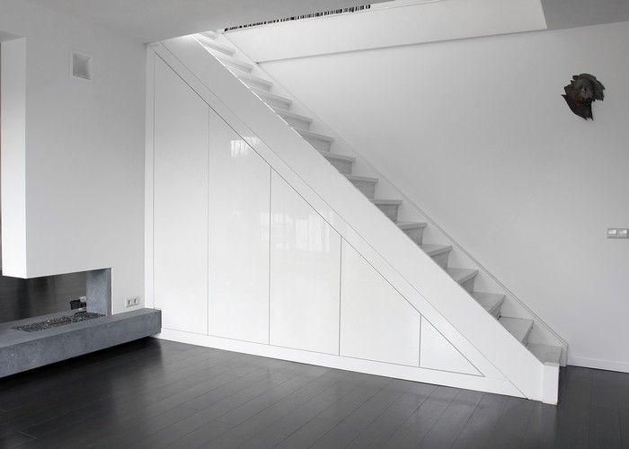 Keuken Onder Trap : Toch een trap naar de verdieping. naar de speelzolder??? onder de
