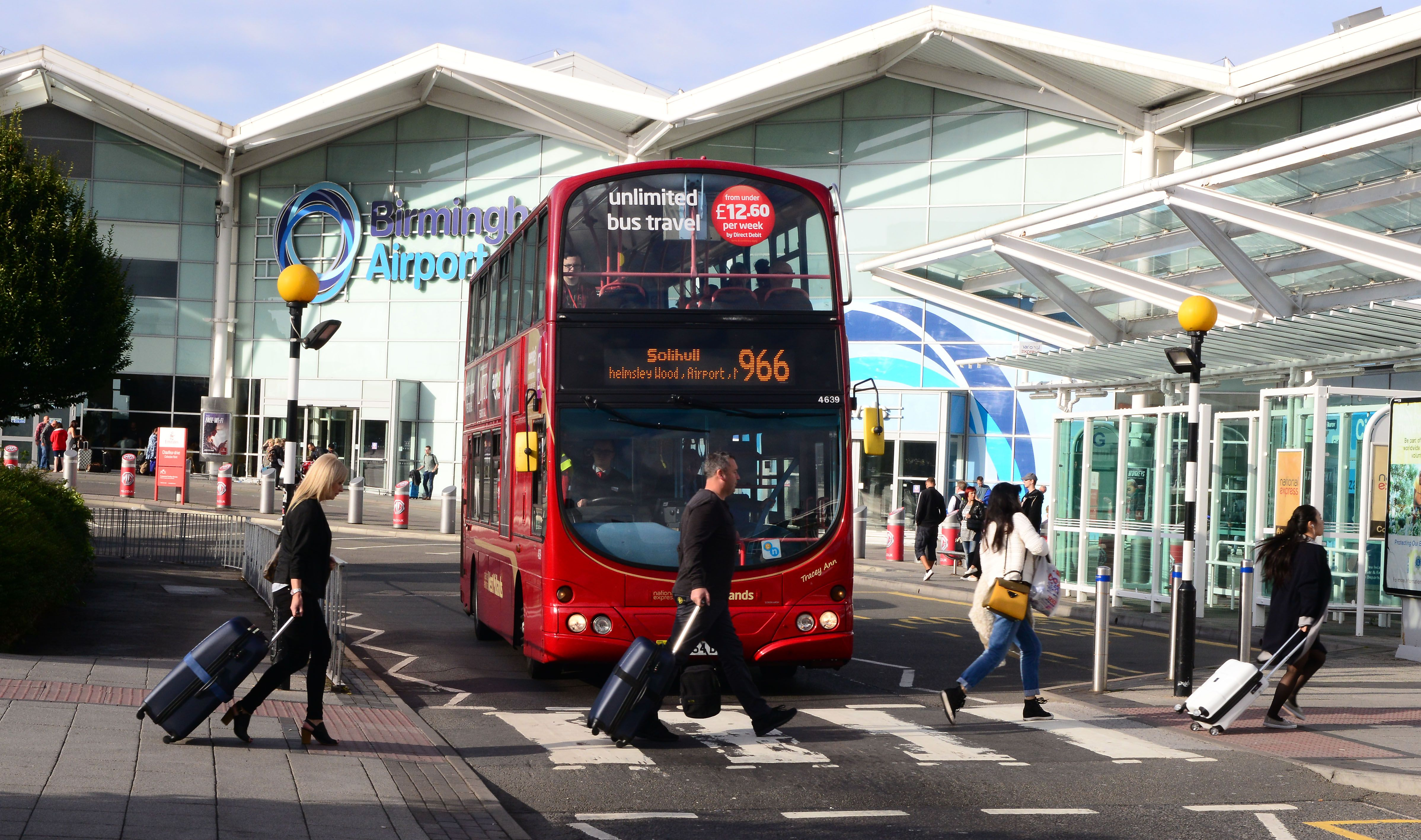 How Airport Transfers Birmingham Liverpool Is Luxurious Than Local