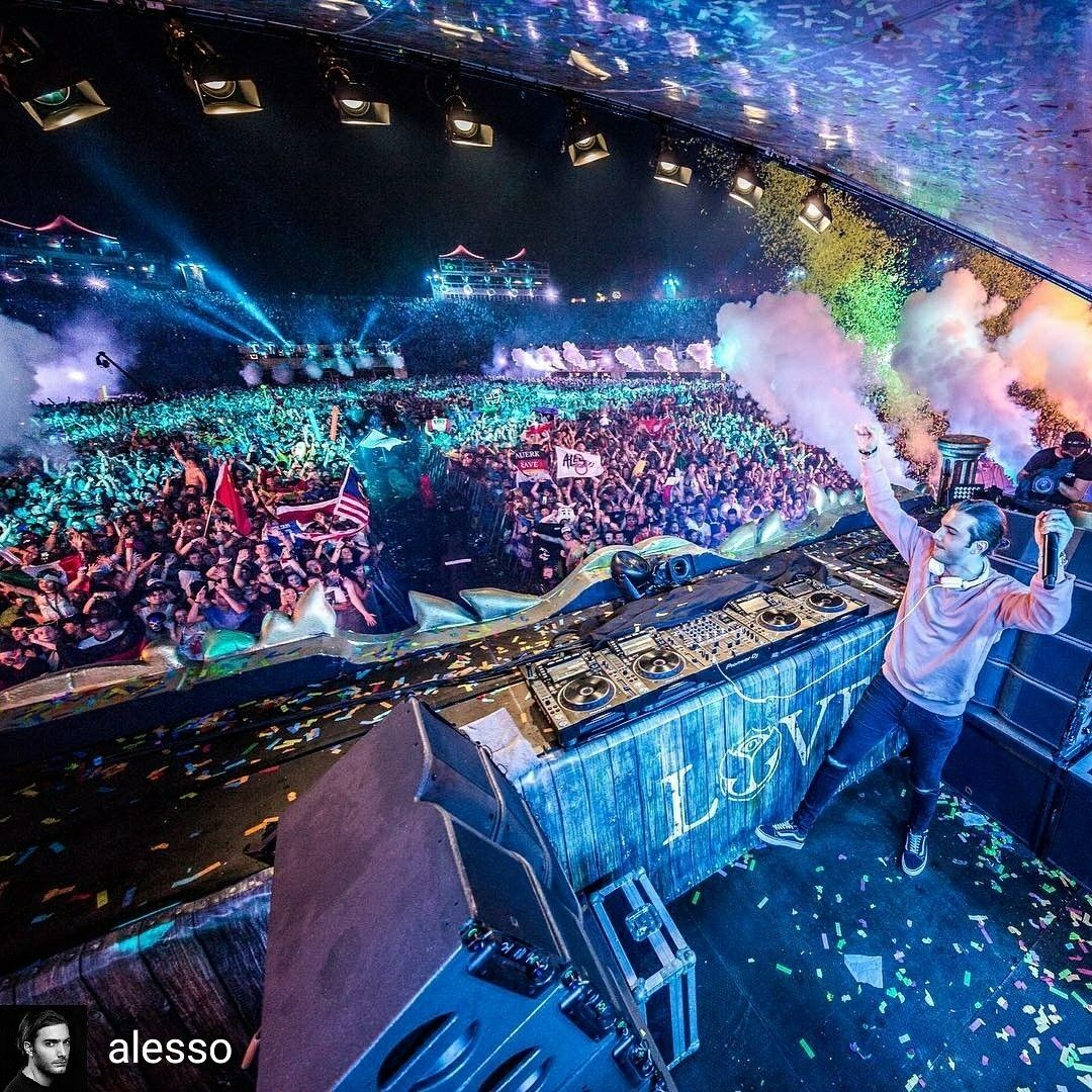 Credit to alesso Thank you everyone at Tomorrowland
