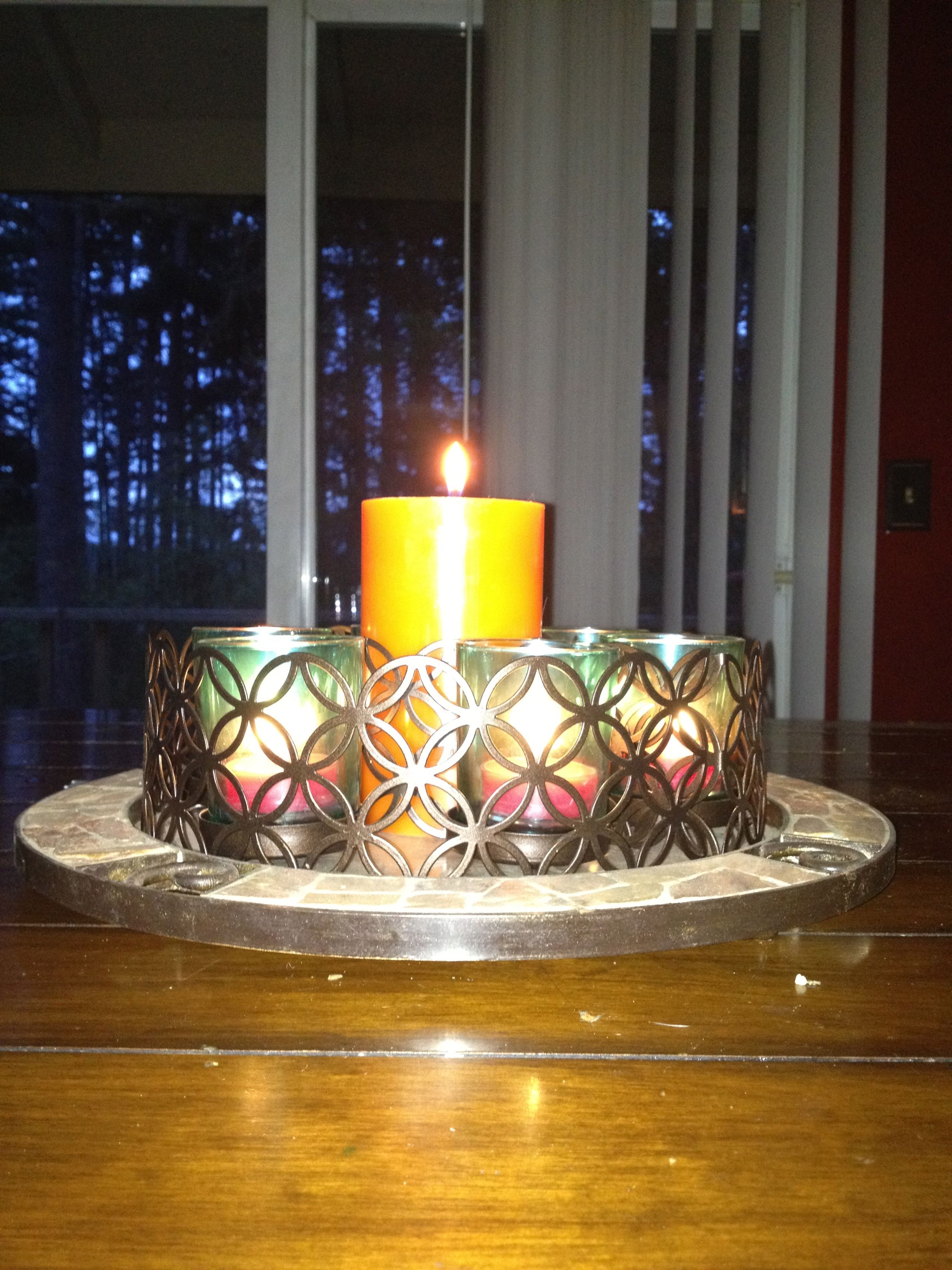 When I cant use my island centerpiece outside, I bring it to my kitchen...I <3 the versatility of Partylite products.
