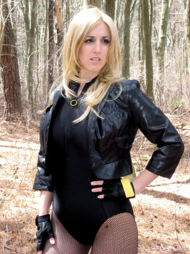 For A Thousand More — Black Canary (DC Comics) Model: Maid