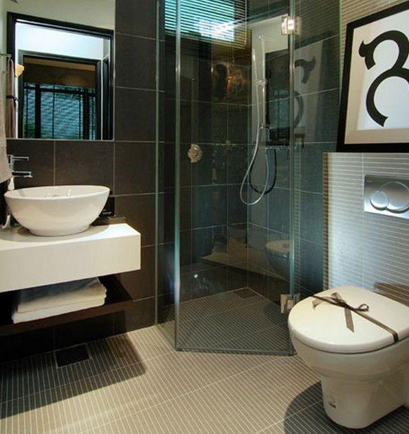 Bathroom ideas photo gallery small spaces ideas 2017 for Small dark bathroom ideas