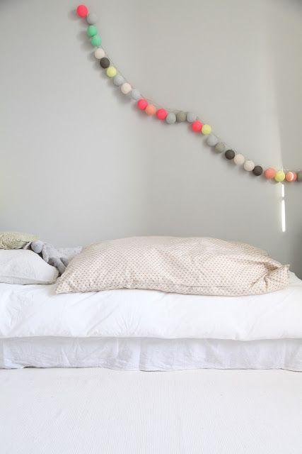 guirlande la case de l 39 oncle paul home trinkets cousin. Black Bedroom Furniture Sets. Home Design Ideas