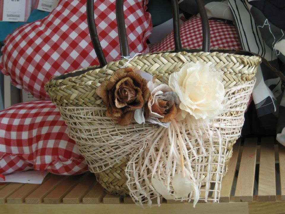 Borse Di Paglia Decorate Alluncinetto : Casabella borse di paglia decorate