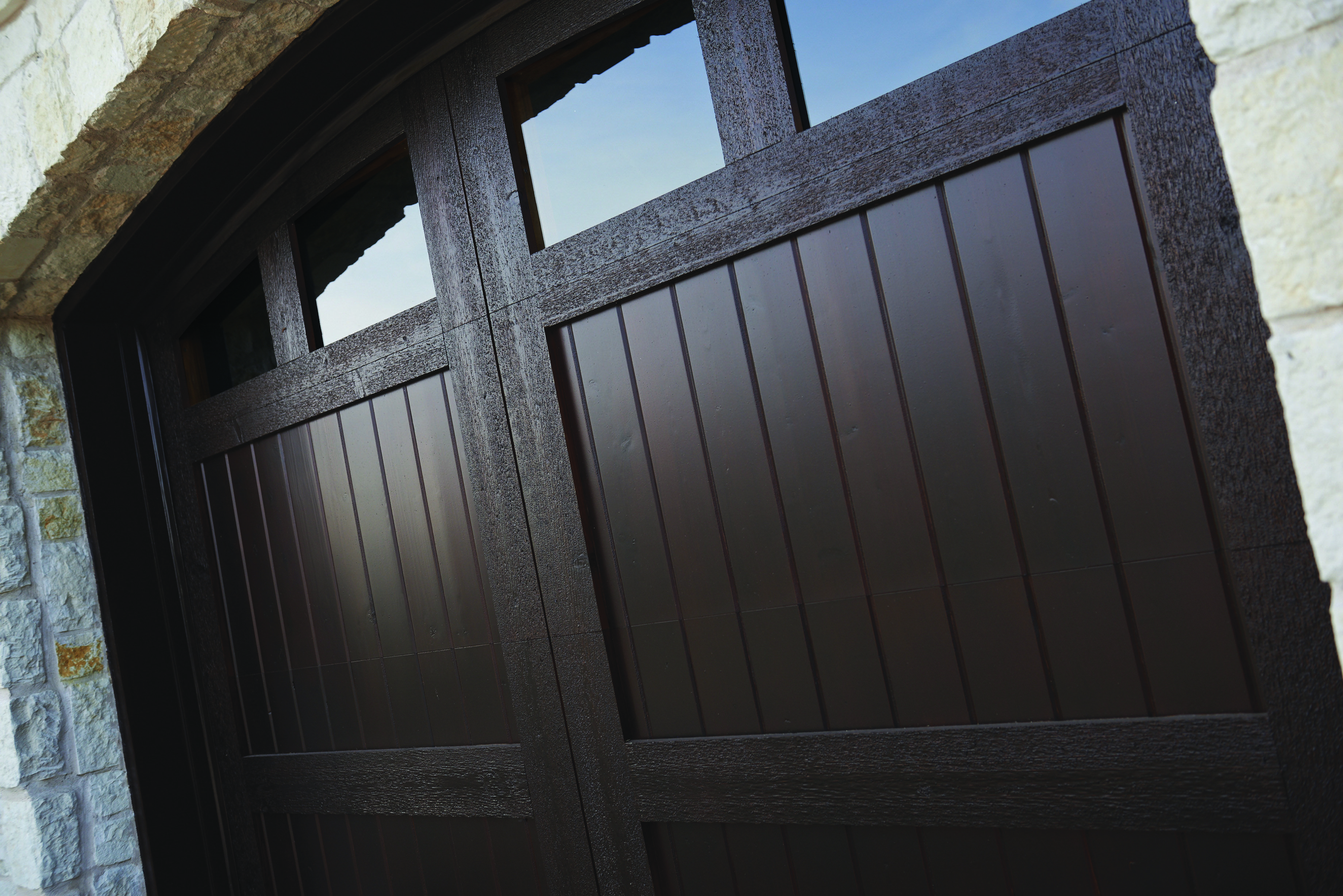 Sikkens Provides Unrivaled Looks Durability And Performance On All Types Of Exterior Wood Including Garage Doors Ht Staining Wood Stained Doors Wood Finish