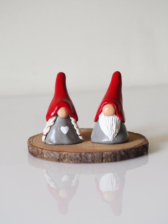 Gnome figurines – Two Christmas gnomes – Christmas decorations – Nordic Christmas – Scandinavian decor – Tomte – Clay gnomes – Scandi decor