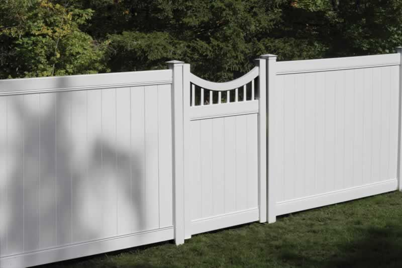 Lexington Vinyl Privacy Fencing In 2019 Front Yard