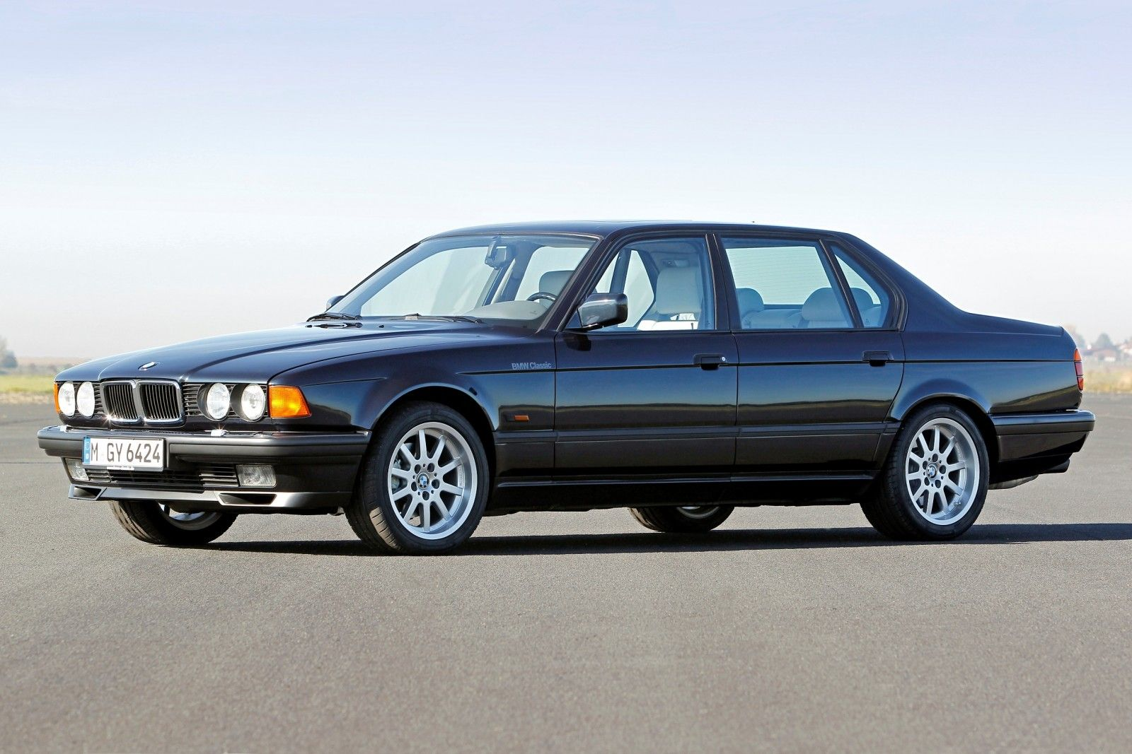 Bmw v12 turns 25 celebrating the evolution of the v12 bmw 7 series