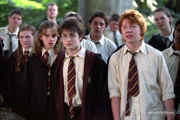 Harry Potter And The Prisoner Of Azkaban Publicity Still Of Daniel Radcliffe Rupert Grint Prisoner Of Azkaban The Prisoner Of Azkaban Harry James Potter