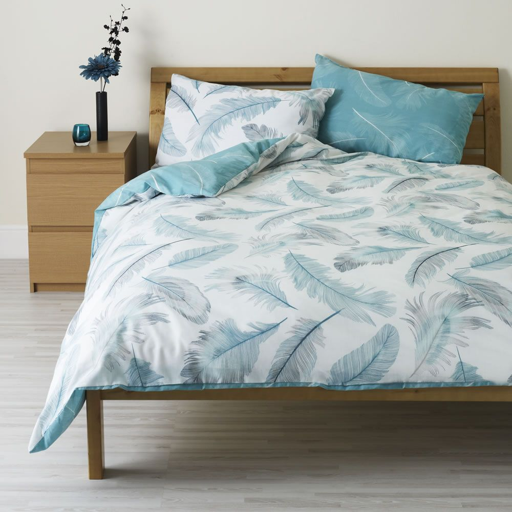 Large image of Wilko Feather Print Duvet Set Blue Kingsize ...
