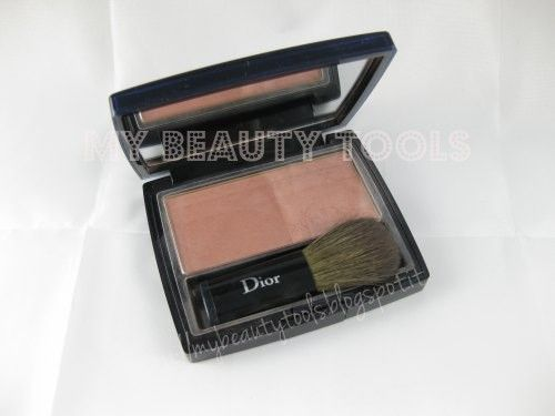 Dior Blush # 639 Brun Cannelle - Sunkissed Cinnamon #dior #blush #639 http://mybeautytools.blogspot.it/2013/06/dior-blush-639-brun-cannelle-sunkissed.html