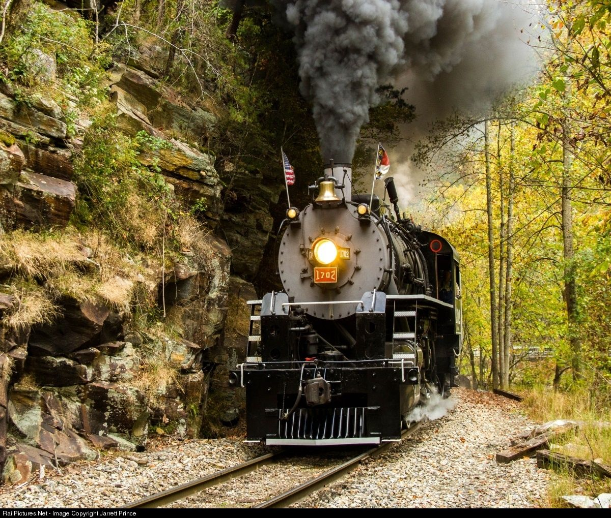 Gsmr 1702 Great Smoky Mountains Railroad Steam 2 8 0 At Wesser North Carolina By Jarrett Prince Great Smoky Mountains Train Pictures Steam
