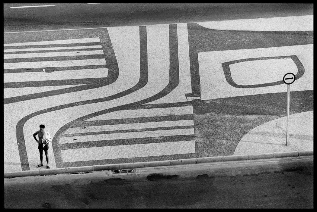"""annasintervals: """"Elliott Erwitt BRAZIL. Rio de Janeiro. 1973. """" #elliotterwitt"""