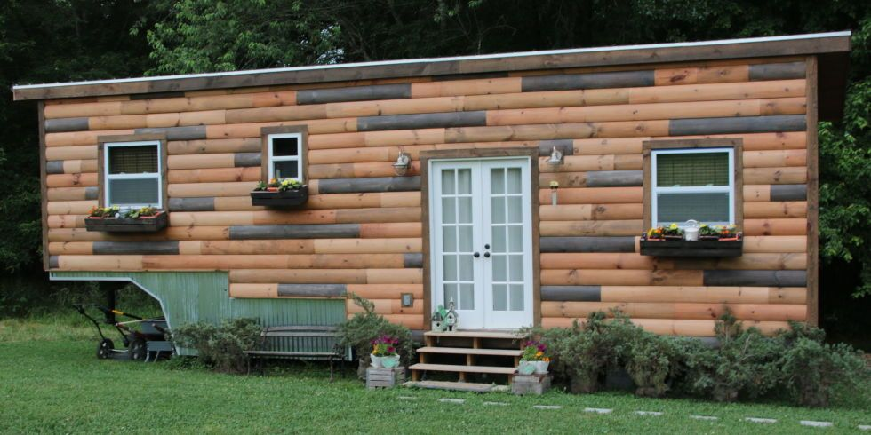 A Tiny House With Plenty Of Room For Its Six Foot Owner