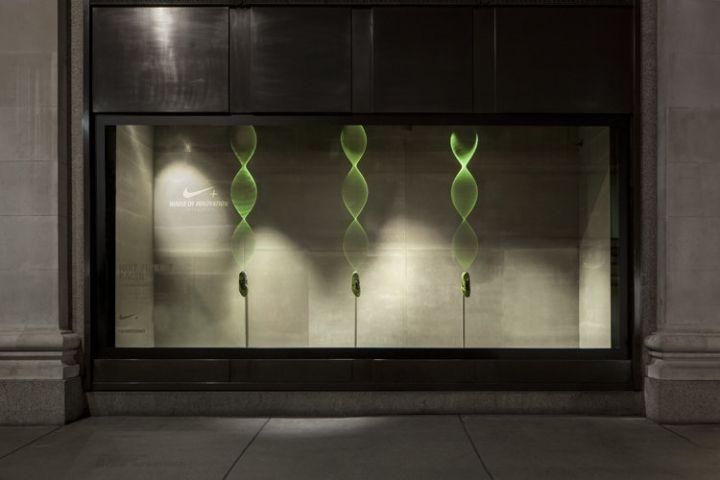 Nike Kinetic Windows At Selfridges By Staat London 10 Nike Kinetic Windows At Selfridges By Staat L Window Display Shop Window Design Shop Window Displays